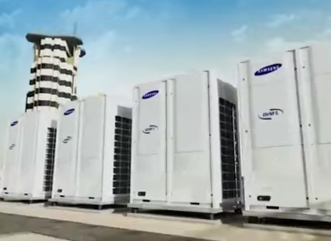 Rv air conditioning & heat pump system