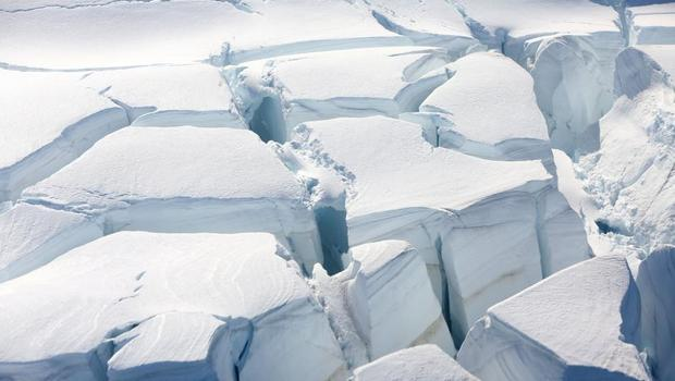 Antarctic thaw quickens, trillions of tonnes of ice raise sea levels