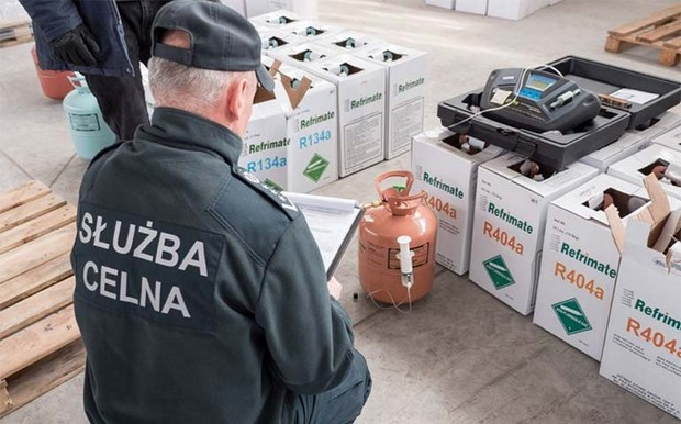 Poland stops huge shipment of illegal refrigerant